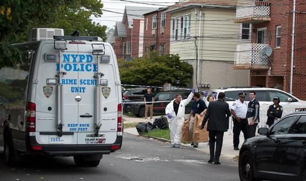 Tres bebés y dos adultos puñalados en una guardería ilegal de Nueva York