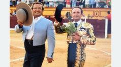 Ferrera indulta a 'Juguete' de Zalduendo en Badajoz
