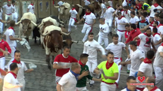 Tercer encierro de San Fermín con los de Cebada Gago