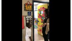 Así desea una profesora los buenos días a sus alumnos