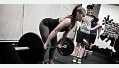 El ejercicio de fuerza que moldea tu cuerpo 'a lo bestia'