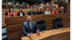 Adrián Barbón, presidente de Asturias en segunda votación