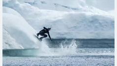 Esquí acuático entre icebergs y a menos de cero grados