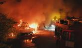 Arden nueve coches Cabify en plena guerra con taxistas en Sevilla