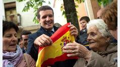 """Pablo Casado es increpado en Pamplona: """"¡Fuera, fuera!"""""""