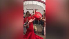 Susana Díaz baila al son de José Manuel Soto