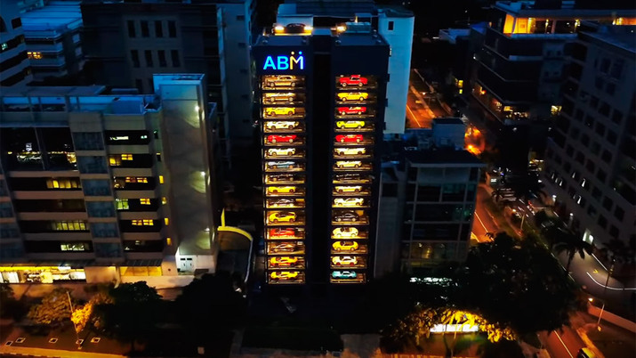 ABM Autobahn Motors: una torre expendedora de coches de lujo en Singapur