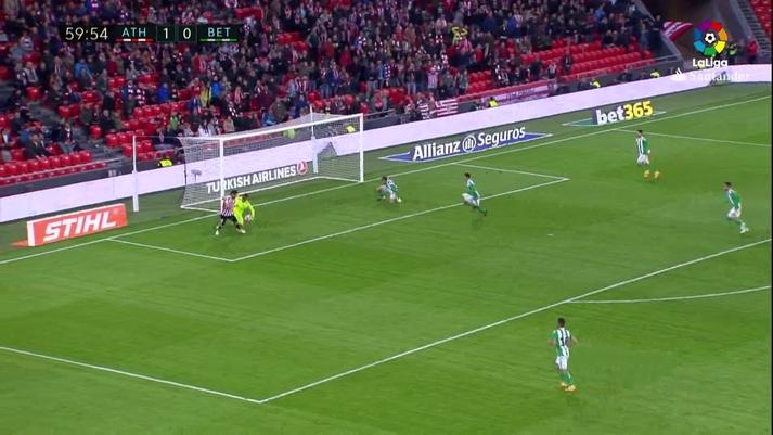 El Athletic no se quedó ahí. Muniain hizo el segundo de cabeza a pase de  Raúl García 9b90c498d5d88