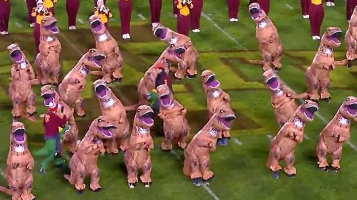 Football La Invasion Jurasica De Dinosaurios Que Ha Dejado Sin Habla A Estados Unidos Marca Com 'lagartos terribles') son un grupo de saurópsidos que aparecieron durante el período triásico. la invasion jurasica de dinosaurios
