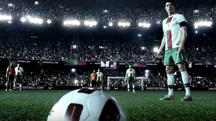Confrontar compañerismo Año Nuevo Lunar  Mundial 2018 Rusia: El anuncio de 2010 que predijo el gol de falta de  Cristiano Ronaldo contra España | Marca.com