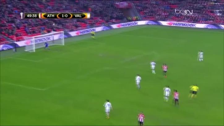 Laporte intentó marcar ante el Valencia desde el centro del campo 9f6eb2e734723