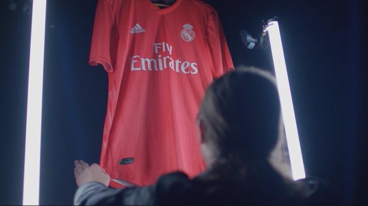 Camiseta Real Madrid Modrić