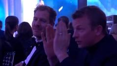 El show de Raikkonen en la gala de la FIA