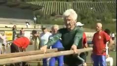 Johanna Quaas, la gimnasta de 95 años que hace cosas que tú no puedes