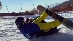 La cantante India Martínez atropella por detrás a un hombre haciendo snowboard