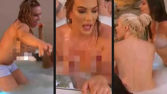 La Wwe Al Desnudo Las Divas Se Bañan Juntas En Toples En Un Jacuzzi