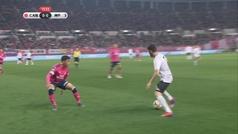 Villa debutó junto a Iniesta y Podolski perdiendo contra Lotina