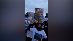 Tyson Fury lidera una manifestación en favor de los gitanos