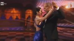 No tiene equipo y se dedica a esto: Allegri sorprende a Italia bailando en televisión