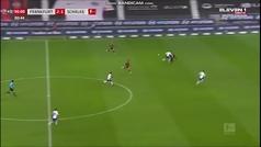 Así fue el segundo gol de Jovic en el minuto 91: rompió al defensa y a la jaula