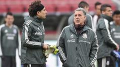 La selección mexicana reconoce el Levi's Stadium previo al duelo ante Paraguay
