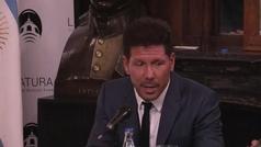 Simeone se emocionó hasta casi llorar al ser distinguido como Personalidad de Buenos Aires