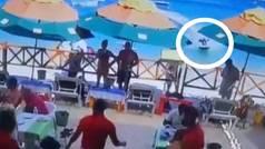 Una moto de agua sin conductor arrasa un chiringuito en México y mata a una persona