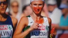 Corre sangrando por la nariz varios minutos... ¡y acaba ganando el maratón!