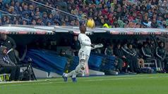 El mágico control de Vinícius con el pecho que desató la locura en el Bernabéu