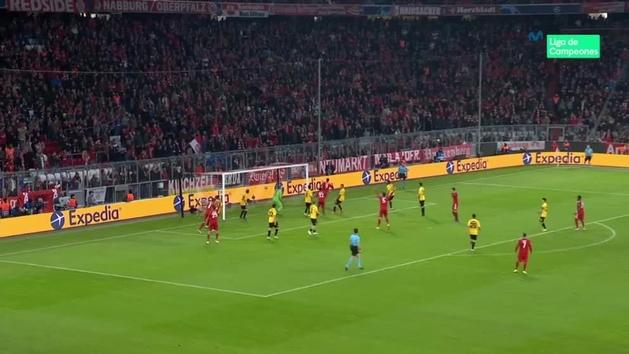 Gol de Lewandowski (2-0) en el Bayern 2-0 AEK