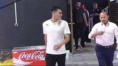 """Maxi Gómez: """"Me gusta jugar y soy bueno técnicamente. Espero poder aportar mucho al Valencia"""""""