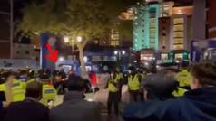 """La salida de Kanté de Stamford Bridge que volvió locos a los aficionados: """"Cómprate un coche..."""""""