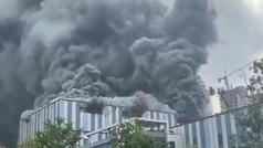 Espectacular incendio en un laboratorio Huawei: hacían pruebas con el 5G