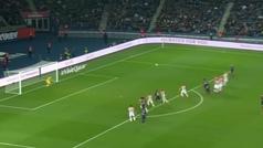 La obra de arte de Di María: falta directa a la mismísima escuadra desde... ¡30 metros!