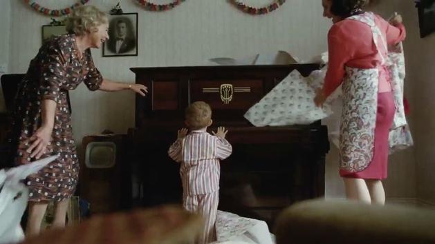 El emotivo anuncio de Elton John para Navidad que te hará llorar