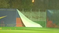 El Barça se entrena con Gloria mientras Setién mima a Messi
