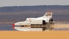 El coche-cohete ya 'vuela' a más de 800 km/h
