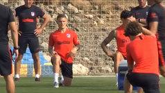 Trippier se incorpora a los entrenamientos del Atlético