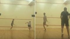 El divertido partido de squash entre De Jong y su novia, ¿quién ganó?