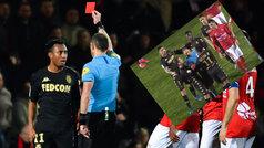 El doble empujón de Gelson Martins al árbitro que le podía costar una sanción ejemplar