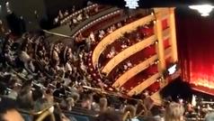El Teatro Real cancela una función por las protestas del público ante la falta de distancia de segur