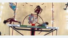 Ricky Rubio fabrica el primer poster del año en la NBA