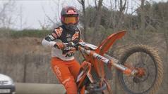 Gabriela Seisdedos y Daniela Guillén rompen barreras en el motocross español