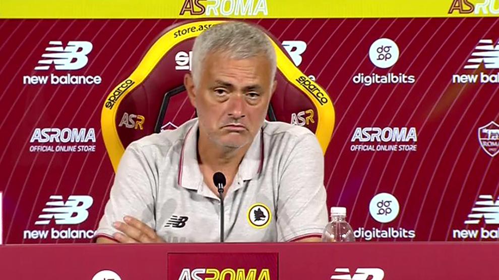 Mourinho echa de menos el VAR ante el Trabzonspor
