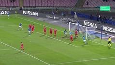 Gol de Hamsik (1-0) en el Nápoles 3-1 Estrella Roja