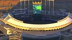 Descubren una partida al Mario Kart 8 Deluxe en una pantalla gigante de un estadio