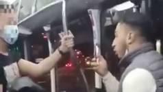 Brutal paliza en Zaragoza a un policía que le llamó la atención por ir sin mascarilla en el autobús