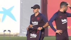El Barça entrena con todos sus internacionales y adelanta su viaje a Eibar
