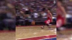 Los Rockets homenajean a Harden en su adiós con el vídeo más emotivo