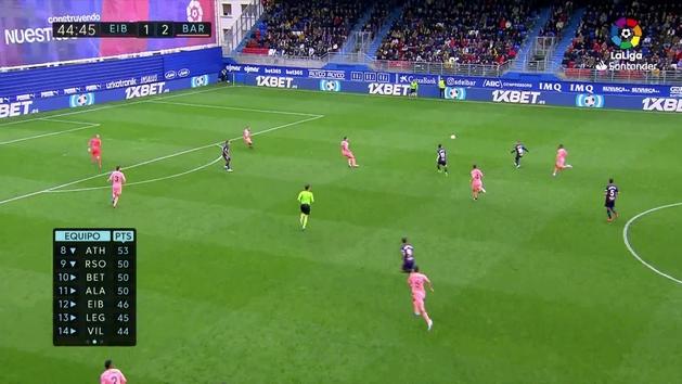 Gol de De Blasis (2-2) en el Eibar 2-2 Barcelona